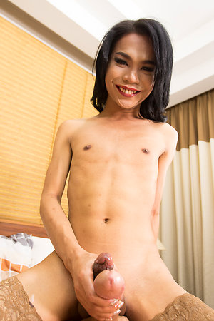 Sexy Ladyboy Book Green with Envy Bareback,