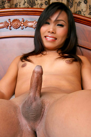 Big cock Asian shemale Fa